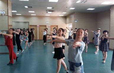 舞蹈排练厅(文体中心二楼)